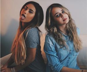 girls and lyuu image