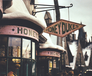 harry potter, honeydukes, and vintage image