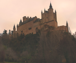 castles and medieval image