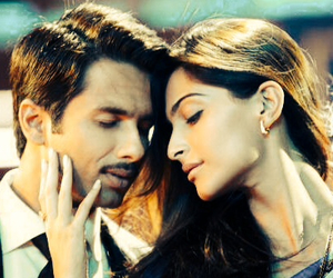 shahid kapoor, mausam, and bollywood image