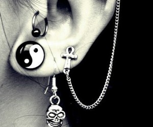 piercing, accesorios, and girls image