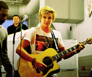 cody simpson, boy, and Hot image