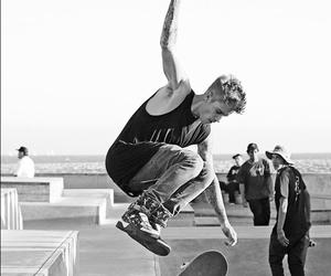 justin bieber, skate, and bieber image