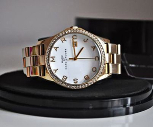 marc jacobs, watch, and gold image