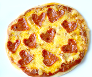 delicious, pizza, and recipes image