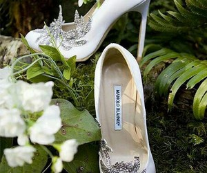 shoes, twilight, and manolo blahnik image