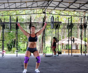 girl, strong, and crossfit image