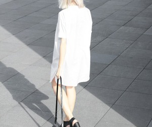 pale, style, and white image