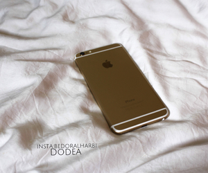 apple, gold, and whait image
