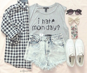 fashion, outfit, and monday image