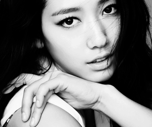 korean and park shin hye image