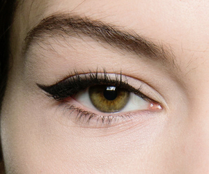 eye, eye liner, and green image