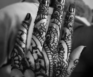 arabic, hands, and mehndi image