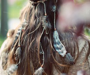 feathers, pretty, and jewelry image