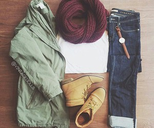 clothes, outfit, and winter image