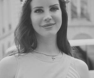 beauty, black and white, and lana image