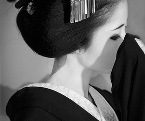 geisha, japan, and japanese image