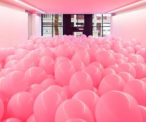ballon and pink image
