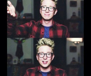 youtuber, tyler oakley, and youtube image