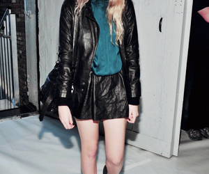 sky ferreira, grunge, and leather image