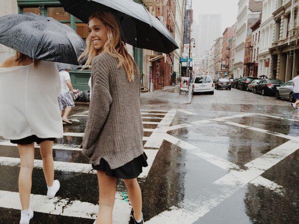 girl, city, and rain image