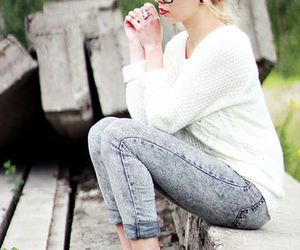 blonde girl, blonde, and fall fashion image
