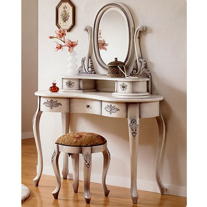 Small Vanity Table Antique