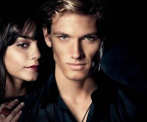 alex pettyfer, vanessa hudgens, and beastly image