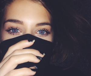 eyes and black image