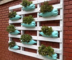 pallet planter image