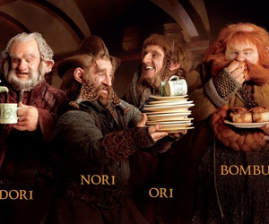 the hobbit and dwarves image