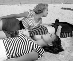 beach, Pin Up, and vintage image