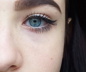 eyes, eye, and eyeliner image