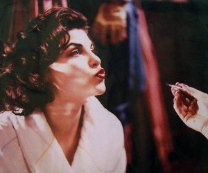 Sherilyn Fenn and Twin Peaks image