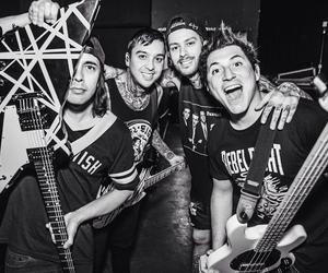 pierce the veil, ptv, and band image