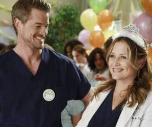 grey's anatomy, arizona robbins, and mark sloan image