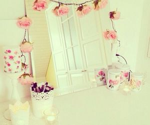 girly, decor, and flowers image