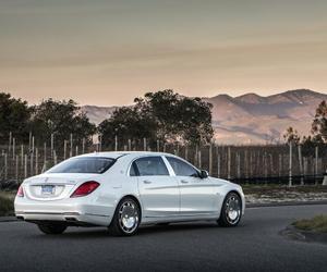 luxury car image