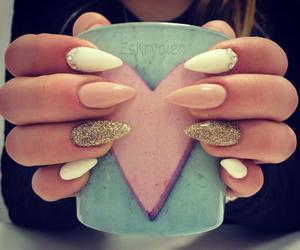 beautiful, gold, and nails image