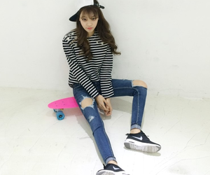 asian girl, fashion, and kfashion image