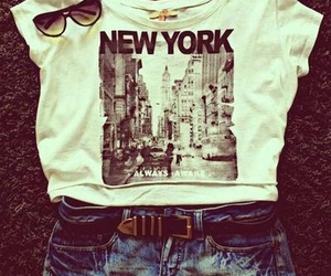 new york, outfit, and shorts image