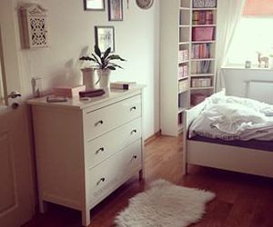 room and girly image