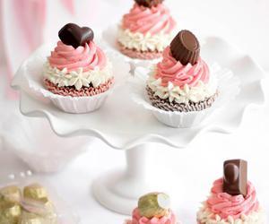cupcake, pink, and chocolate image