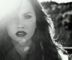 demi lovato, demi, and unbroken image