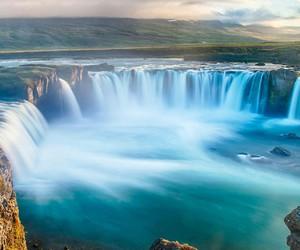 waterfall and narure image