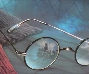 harry potter, glasses, and hogwarts image