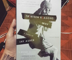 book and th1rteen r3asons why image