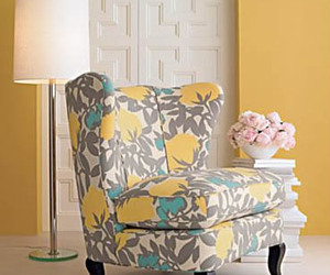 chair, add a tag, and decorating image