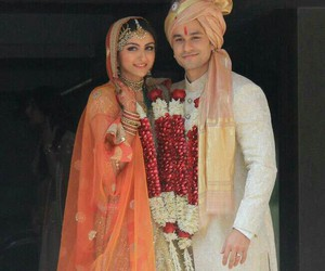 bollywood, wedding, and soha ali khan image