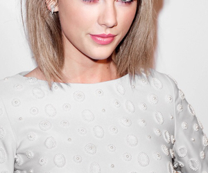 girl, hair, and Taylor Swift image